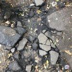 «Дорог там не было и нет»: фургон провалился в большую яму