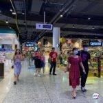 Жесткие меры: туристы из Приморья не могут попасть домой из-за карантина за границей