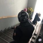 Зашли оперативники с оружием: в Пенсионном фонде вскрывают кабинеты