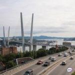 «В стране кризис, а тут транжирство»: горожане – о  ситуации на Золотом мосту