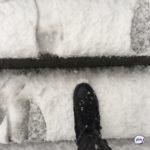 Мощный снегопад оставил без света 9 тысяч домов