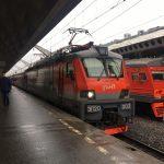 Пострадали десятки людей: скоростной поезд сошел с рельсов
