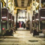 Погибли на месте: автобус снес людей на остановке