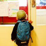 Выяснилось, какие ранцы и рюкзаки могут навредить ребенку