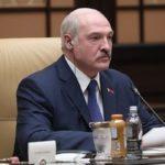 Усы Лукашенко довели Зеленского до слез