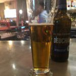 Турист из Австралии попил пиво почти за 100 тысяч долларов