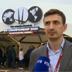 Популярного российского актера заметили в компании азиатов на ВЭФ