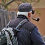 «Он давно этим занимается»: преступное деяние пенсионера сняли на видео