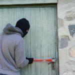 В Приморье задержали подозреваемого в краже