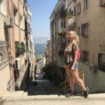 Девушка из Приморья оказалась в загадочном турецком городе