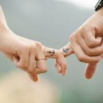 6 способов сохранить искру в отношениях