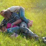 Отец двух девочек не сумел стать примером для подражания