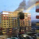 Десятиэтажная новостройка загорелась за секунды