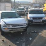Массовое ДТП заблокировало проезд по улице