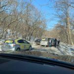 """""""Думали кровь, оказалось - тосол"""": ДТП на пустой дороге произошло в Приморье"""