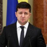 У него меньше всех: озвучена зарплата президента Украины