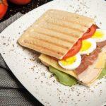 Банкир-миллионер попался на краже бутербродов