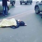 Без претензий: история с выброшенной на дорогу женщиной получила продолжение