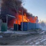 Пожар вспыхнул в частном секторе в Приморье