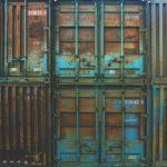 С приветом из Китая: два контейнера вскрыли на таможне во Владивостоке, и не зря