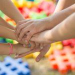 Искусство против болезни: онкобольные дети творили своими руками
