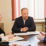Вопросы самые резонансные: жесткие требования выдвинуты мэру Гуменюку