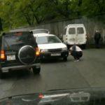 Водитель японской легковушки протаранил отечественную маршрутку