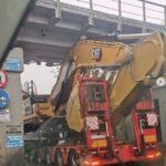 Железнодорожный мост на Спортивной атаковал водитель большегруза