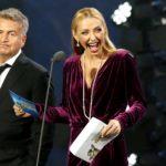 С протянутой рукой на паперти: звезды шоу-бизнеса просят у государства помощи