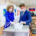 «Перед государством стоят другие вызовы»: губернатор Приморья принял участие в голосовании