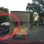 «Улетел на 15 метров после удара»: момент жесткого ДТП попал на видео