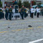 Потеряла туфлю – получи награду: участница парада Победы будет поощрена