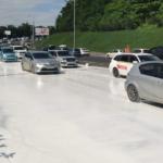 «Эксклюзивная дорога будет?»: часть федеральной трассы стала белой