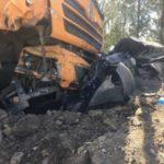 «Это очень страшно  смотреть»: грузовик смял в гармошку пять машин