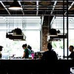 Хотел помочь: работника кафе подозревают в преступлении