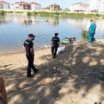 Извлечен труп ребенка: трагедия разыгралась у водоема (фото)