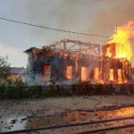 Пожар уничтожил деревянный храм XIX века