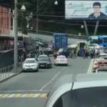 «Отказали тормоза»: самосвал собрал машины и врезался в магазин во Владивостоке