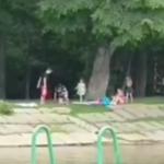 «Она дочь обняла»: убийство беременной женщины в Приморье сняли на видео