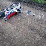 Остались дети без отца: транспортёр-тягач сбил мотоциклиста в Приморье