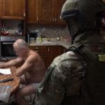Прошли обыски: высокий чин в правительстве Приморья пойман на преступлении