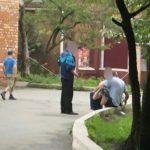 «Нет сил уже смотреть»: дети возле школы во Владивостоке «видят беспредел»