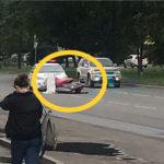 «Как умудрился не заметить?»: необычная дорогая «потеряшка» обнаружена посреди дороги