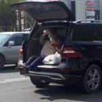 «Бабуля – хулиганка, знает, куда прыгать»: пенсионерку заподозрили в корыстном ДТП