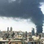 Дважды в одну воронку: мощный пожар  в порту попал на видео