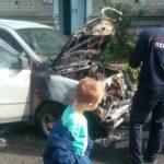 «Кошмар, как страшно»: машина взорвалась во дворе жилого дома в Приморье