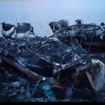 «90-е вернулись»: мощный пожар охватил стоянку катеров – «все сгорело»