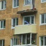 С высоты 4-ого этажа: женщина и мужчина рухнули вместе с балконом в Приморье