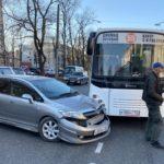 «Права купили?»: водители не смогли поделить трассу