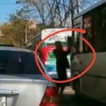 «Нервы не выдержали»: «замес» с монтировкой прямо в центре сняли на видео